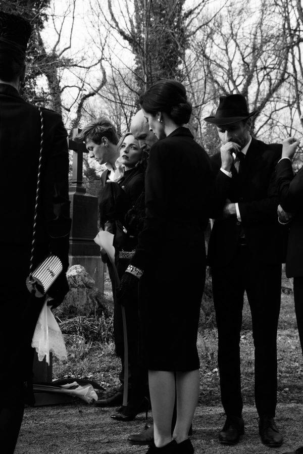 Luxusfashion Beerdigung Portraits in S/W